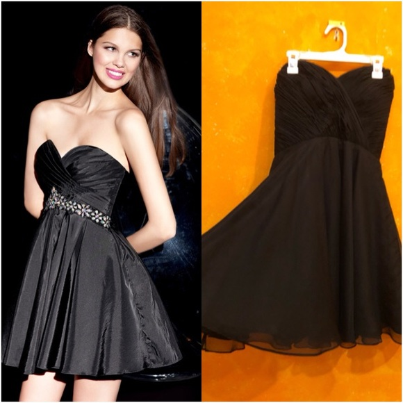 Alyce Paris Dresses & Skirts - Alyce Paris LBD
